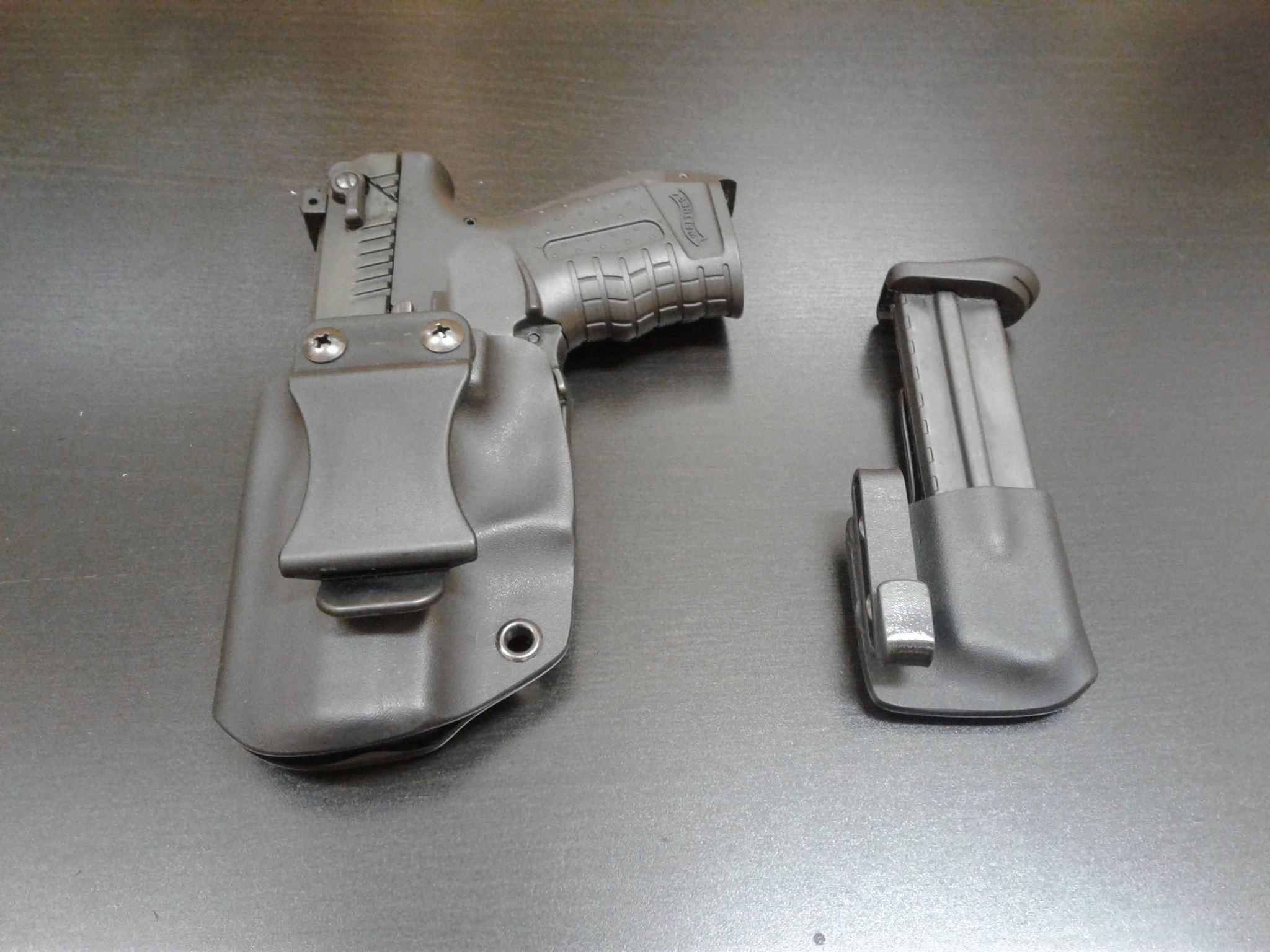 Vvnitřní set kydexových pouzder na Wlather P22